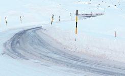 Karlı Havada Nasıl Araba Kullanılır